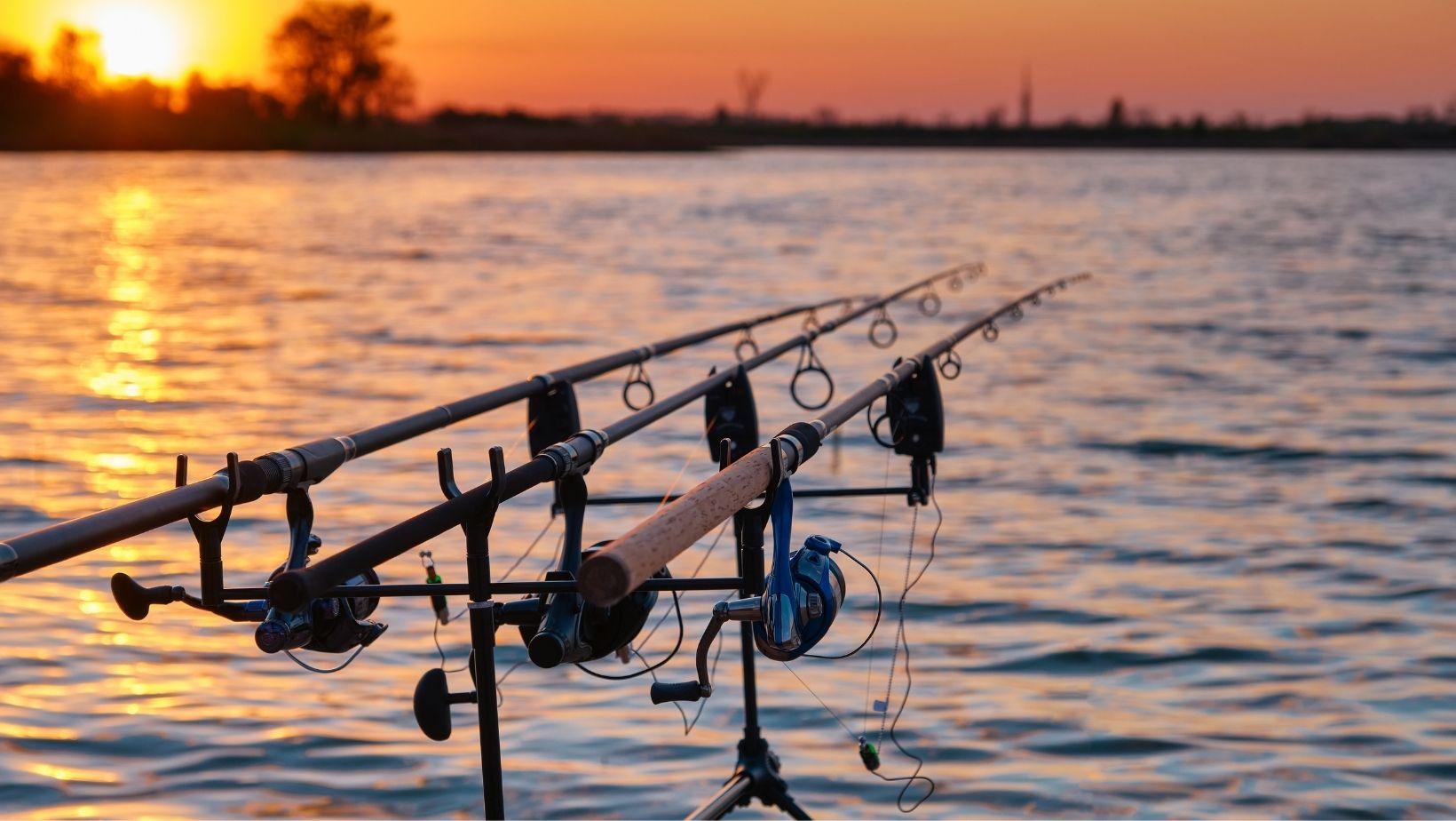 material lansete de pescuit
